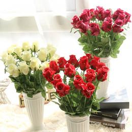 fiori freschi di rosa Sconti Fiori artificiali freschi di rosa Fiori di lattice di tocco reale Fiori di decorazione di cerimonia nuziale per le rose di seta della Tabella del partito