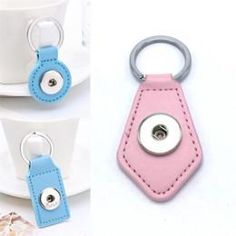 Wholesale y pendant - Zinc Leather Keychains Pendant Fashion Multi Color Optional DIY Noosa Keyring Car Snap Button Key Buckle 2 2js Y