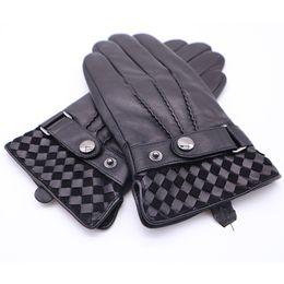 2019 guanti da lavoro in pelle manica con manico 2018 Guanti invernali da uomo in vera pelle uomo fibbia peluche caldo guanti termici touch screen guida guanti neri AGB670