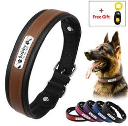 Grandes etiquetas de mascotas online-Collar de perro personalizado con grabado de cuero Mascota acolchada personalizada Collar grande K9 Collar con etiqueta de identificación para perros de tamaño mediano Grandes Entrenamiento de regalo Clicker