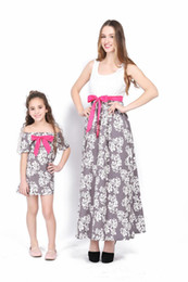 Wholesale Red 12 Mo Dresses - 2018 spring and summer hot Mom and Daughter dress Bowknot belt style Flower print sleeveless skirt family clothes grace