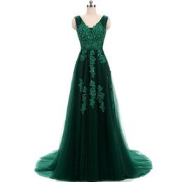 Argentina 2018 encantador encaje verde largo vestidos de baile sexy v cuello sin espalda barrido tren vestidos de noche cuentas personalizadas cristales vestidos de fiesta Suministro
