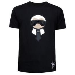 2019 Smeumr neue lederne Monster-Nieten arbeiten beiläufiges Drucken-T-Shirt der Rundhals-Männer Größe M-3XL um Freies Verschiffen von Fabrikanten