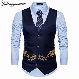 Мужские жилеты напечатаны онлайн-Men Suit Vest Gold Print Gilet Homme Costume 2018 New Slim Fit Men Waistcoat Colete Casual Business Wedding Mens Dress Vests
