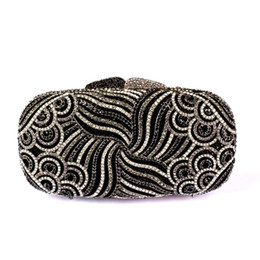 Wholesale Cheap Wedding Clutch Bags - Gorgeous Beaded Crystal Black Evening Bag for Women Wedding Clutch Bags New Hot Striped Bridal Bags Fashion Purses for Cheap