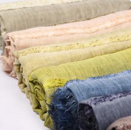 2018 écharpe d hiver de style unisexe japonais en coton écharpe en coton à rayures  de Solider Color longues châle de mode hiver hommes chaud foulard ... ed83484b9d5
