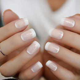 Natürliche designnägel online-24 teile / satz Nude Pink Französisch Quadrat Natürliche Nägel Full Cover Künstliche Acryl Design Nägel Tipps