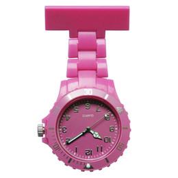 Relógio de bolso de quartzo plástico on-line-2019 Moda unissex mulheres senhoras projeto de plástico mulheres enfermeira FOB relógios de bolso atacado médico hospital médico quartzo pendurar relógios yoyo