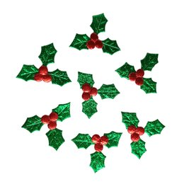 Wholesale craft christmas ornaments - 500pcs Green Leaves Red Berries Applique Merry Christmas Ornament Gift Box Accessory Diy Craft Natal Home Decoration New Year