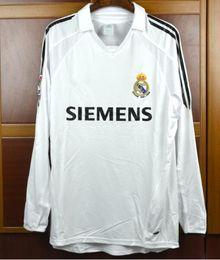 Retro 2005 2006 Real Madrid Home Soccer Football Jersey short sleeve Sergio  Ramos KAKA ZIDANE Beckham 05 06 RAUL Long sleeve Jersey 370e906c6