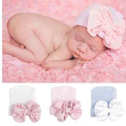 Carino Big Bow Neonate Ragazzi Bowknot Cartoon Toddlers Cotton Sleep Cap Headwear Cappello 2018 oggetti fotografia neonata da