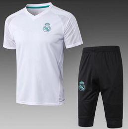Wholesale grey uniform pants - 2018 Real Madrid Short Sleeve Training Suit 3 4 Pants kit RONALDO 17 18 Chandal Uniforms Maillot de foot Survetement Football shirts