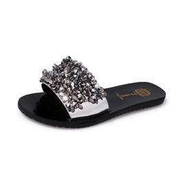 Wholesale hotel diamonds - Fashion Diamond Decorate Women Beach Slipper Pu Leather Outdoor Holiday Sandal Non-slip Sexy Lady Flat Slipper Free Shipping