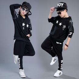 style de vêtements hip hop dance Promotion Nouveaux garçons Hiver Hip-Hop Style 3 Pcs Vêtements Set Filles Danse Performance Costume En Cuir Enfants Costumes avec Étoiles, AC014