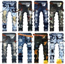 più jeans designer di dimensioni Sconti Mens Jeans strappati 2018 Marchio di moda Designer di lusso abbigliamento da uomo Jeans Para Hombre Pantaloni skinny Plus Size pour jeans femmes per uomo
