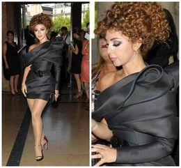 2019 myriam fares viste un hombro Popular Árabe Myriam Fares Vestidos de Cóctel Negro Celebrity Dress Sheath Un Solo Plisado Mini Vestidos de Fiesta Corto myriam fares viste un hombro baratos
