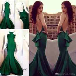 cor do vestido verde esmeralda Desconto Frete Grátis Michael Costello Prom Vestido Novo Esmeralda Verde Escuro Sereia Backless Longo Fino Formal Vestido de Festa