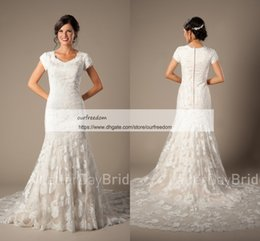 Wholesale outdoors wedding dresses - 2018 Modest Cheap Jewel Neck Wedding Dresses With Short Sleeve Mermaid Appliques Rustic Outdoor Style Bridal Gown Custom Made Sweep Train