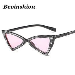 Wholesale Crystal Eye Lens - 2018 New Bowknot Triangle Sunglasses Women Full Crystal Fashion Diamond Sun Glasses Red Pink Blue Lens Black Frame Cat Eye Party