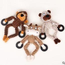 2019 giocattolo di scimmia animale farcito Giocattoli di scimmia carino Animali di stridio cigolio Giocattolo di animali da compagnia Peluche Orso della mucca per cani Squeaker Squeaker Dog Toys giocattolo di scimmia animale farcito economici