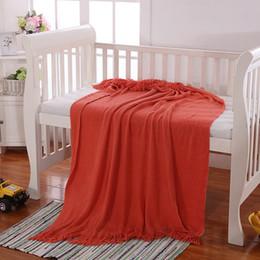 Спальные покрывала онлайн-Новый дизайн Cobertor трикотажное одеяло для кровати хлопка Throw Одеяло Plane Travel Пледы диван Покрывала Вязание Одеяла для спальни
