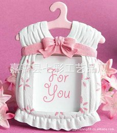 Wholesale Baby Shower Frames - 2016 Hot Fas hion Resin Baby Shower Clothes Pattern Baby Photo Frame Small P-ink Picture Frame Gifts Home Decor