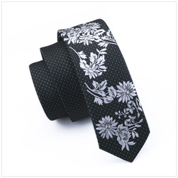 Черный белый цветочный галстук онлайн-2017 Fashion Slim Tie Black and White Floral Skinny Narrow gravata Silk Neck Ties For men 5.5cm width Wedding dress E-216