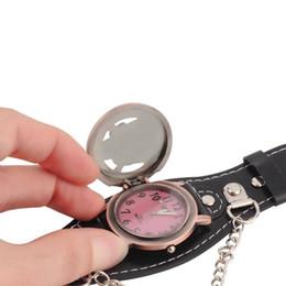 2019 relógios de couro Mulheres dos homens negros senhora motociclista de metal crânio pulseira de couro pulseira de relógio relógio de pulso com capa case desconto relógios de couro
