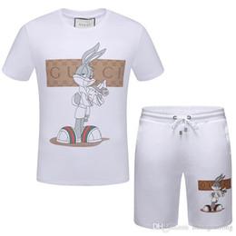 Diseños de la camiseta del deporte para los hombres online-Diseño de moda New Arrived Summer Camisetas para hombres Sport Suit Men Short Sleeve 3D Print camiseta y Shorts Camisetas polo para hombre A