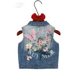 Niños niñas prendas de abrigo Primavera Otoño Niños ropa de mezclilla niña niños floral mariposa bordado Escudo Vaquero Chalecos Chaleco desde fabricantes