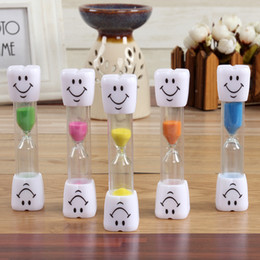 Wholesale Kids Wholesale Toothbrushes - 2 Min 3 Minutes Smiling Face The Hourglass Decorative Household Items Kids Toothbrush Timer Sand Clock Gifts