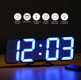Drahtlose wanduhr online-3D Wireless Remote Digital Wanduhr USB Clock Display LED Wecker mit Temperatur / Datum Sound Control Desktop