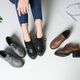 Мода старинные и ретро стиль искусственная кожа удобные женские коренастый каблук зашнуровать Оксфорд толстые каблуки Повседневная обувь cheap vintage thick heels от Поставщики старинные толстые каблуки