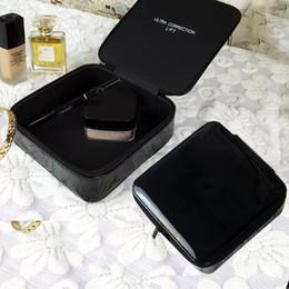 Canada CC Square PU en cuir laqué en cuir sac cosmétique Boîte de rangement belle grande marque cadeau imperméable grande capacité de maquillage boîte cadeau VIP cheap storage box bag makeup Offre