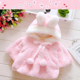 Mese inverno online-2018 Inverno Hot Newborn Kids Poncho Neonate Tuta sportiva calda Felpa con cappuccio Coral Velvet Warm Coat Jacket Top per età 0-24 mesi