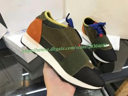 Wholesale business casual sneakers men - 2018 Free Shipping Mens Shoes Paris Green Low Top Brand Sneakers Women Genuine Leather Business Men Casual Running Shoes Designer Sneakers