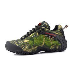 Wholesale climbing hiking boots - Men Waterproof Hiking Shoes Nice Antislip Athletic Trekking Boots Camouflage Sports Climbing Shoe Man Outdoor Walking Sneakers