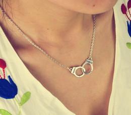 collar de esposas para mujer Rebajas Nuevas joyas de moda esposas gargantilla collar colgante Mujeres / amante de la muchacha regalos del día de San Valentín N1577