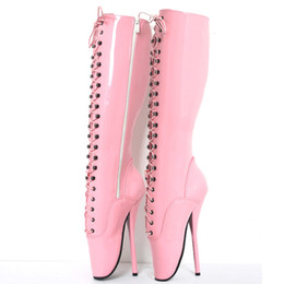 "Tacchi alti rosa da 18cm online-18cm / 7 ""Donna Spike Tacchi alti Fetish Ballet Boots lace-up Pink Man Sexy BDSM Cosplay Scarpe unisex Stivali alti al ginocchio avvio Plus size"