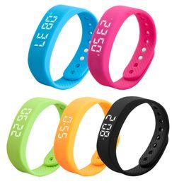 Wholesale Step Gauge - Lover's Sports Gauge Fitness Bracelet Smart Step Tracker Pedometer Men Women Workout Wristbands Bodybuilding Smartband