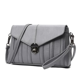 Wholesale Leather Messenger Bag Cheap - Hot Women Messenger Bags Leather For Sale Famous Fashion Grey Small Women's Clutch Cheap Crossbody Bag High Quality New 2018 A519