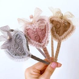 lindo coração Desconto Coréia adorável Doce Coração Flor Acessórios Para Cabelo Para Meninas de Alta Qualidade Faixa de Cabelo Headband Arco Princesa 4
