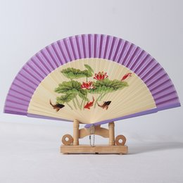 Abanicos de colores online-Colored Drawing Spun Silk Fan Mujeres Originalidad Proceso de Pintura Exquisito Fans Plegables de Bambú Regalos de Boda Del Partido 5 5my Ww