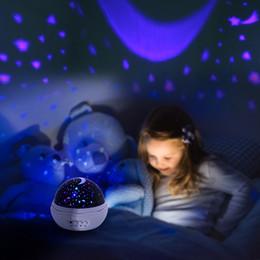 flor de la luz de la luna Rebajas Nueva Forma de flor de rosa Estrella de la luna del cielo Proyector giratorio Luz nocturna Proyector romántico Luz de la noche de la novedad para el bebé Dormitorio Decoración