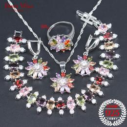 053bf2025e9b Joyería de plata 925 Sistemas de la joyería nupcial de la mujer Collar de  cristal de la Multi-Gema Pendientes de los colgantes Anillo Pulsera Caja de  regalo ...