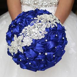 2019 handbouquet blau JaneVini Luxus Kristall Blumensträuße für Bräute Royal Blue Satin Rose Hochzeit Hand Bouquet Silk Brosche Perlen Brautstrauß Künstliche günstig handbouquet blau