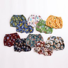 Wholesale underwear children girls - Children Boys Girls Floral Flower Print pp shorts 2018 summer Underwear Kids Loose Bread shorts cotton Baby Shorts 14 colors C4320