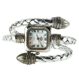 2019 недорогие наручные часы Самый дешевый стильный подарок Леди маленький женская девушка змея стиль браслет Кварцевые наручные часы Relogio Saat скидка недорогие наручные часы