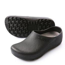 Wholesale Chef Kitchens - 2018 Men's Chef Kitchen Working Slippers Garden Shoes Summer Breathable Beach Flat With Shoes Mules Clogs Men EVA 37-46 Plus