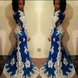 2019 vestido de cocktail de pena de ouro Africano Manga Longa Sereia Vestidos de Baile New White Lace Applique Até O Chão Ilusão Jewel Pescoço Formal Vestidos de Noite Vestido de Festa